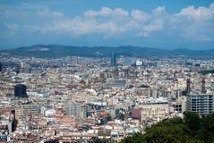 巴塞罗那地平线的城市视图  库存图片