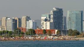巴塞罗那市海滩和建筑学  时间间隔 股票视频