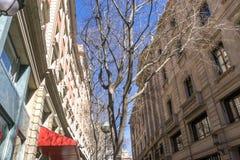 巴塞罗那狭窄的巷道和街道  库存照片