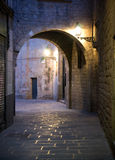 巴塞罗那缩小的街道 图库摄影
