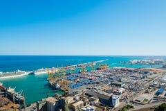 巴塞罗那视图端口从Montjua的在2012年9月14日 免版税库存照片