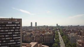 巴塞罗那都市风景和Arco de Triunfo -凯旋门,西班牙 免版税图库摄影
