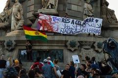 巴塞罗那,西班牙2017年10月12日:抗议反对在美国的发现的上庆祝 免版税库存图片
