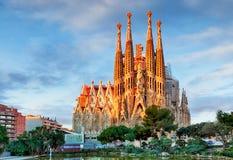巴塞罗那,西班牙- 2月10 :Sagrada Familia,大的看法 免版税图库摄影