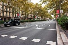 巴塞罗那,西班牙- 2017汽车10月18,在路的滑行车 免版税库存照片