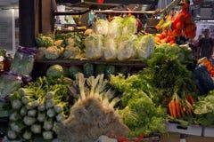 巴塞罗那10月2017年, 食物中止在Boqueria市场上 库存图片