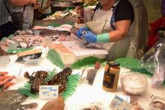 巴塞罗那10月2017年, 食物中止在Boqueria市场上 图库摄影