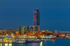 巴塞罗那 海口在晚上 免版税图库摄影