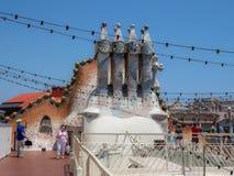 巴塞罗那batllo住处 烟囱,屋顶 免版税库存图片