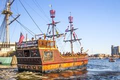 巴尔的摩旅游海盗小船 免版税库存图片