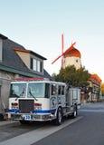 巴巴拉加州县火圣诞老人solvang卡车 免版税图库摄影