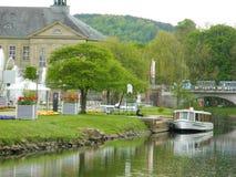 巴德基辛根,巴德基辛根区,下弗兰肯行政区,巴伐利亚,德国- 2017年5月11日:运输游人的盐船 库存图片