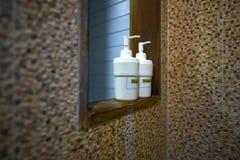 巴恩辅助部件、液体皂和香波 库存图片