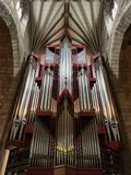 巴恩,英国- 2018年11月4日:教会器官在一般叫作巴斯修道院教堂的StPeter和StPaul修道院教会里 免版税库存照片