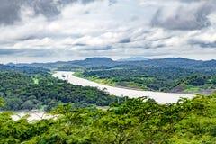 巴拿马运河和湖Gatun,鸟瞰图 免版税库存照片