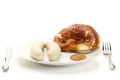 巴法力亚musta牌照香肠甜点小牛肉 免版税库存照片
