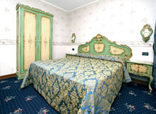 巴洛克式的卧室 免版税库存照片