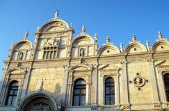 巴洛克式的教会门面 免版税图库摄影