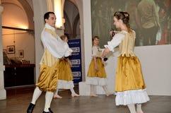 巴洛克式的舞蹈在波兰 库存照片