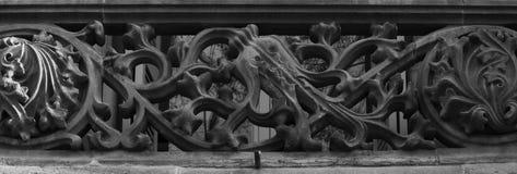 巴洛克式的花卉阳台 免版税库存图片