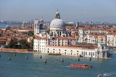 巴洛克式的17世纪教会圣玛丽亚della致敬,威尼斯,意大利 免版税库存图片