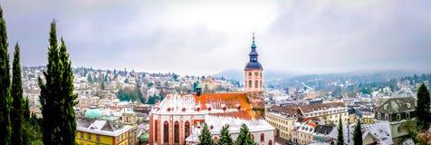 巴登-巴登全景在德国在与雪的冬天 免版税库存照片