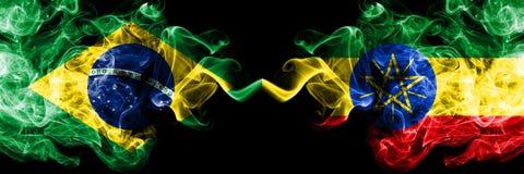 巴西对埃塞俄比亚,肩并肩被安置的埃赛俄比亚的烟旗子 巴西人和埃塞俄比亚的厚实的色的柔滑 皇族释放例证