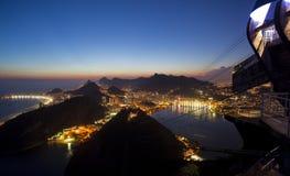 巴西de janeiro晚上里约视图 免版税图库摄影