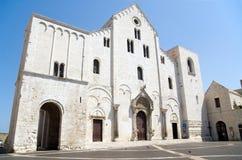巴里大教堂意大利尼古拉斯圣徒 免版税库存照片