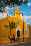 巴里阿多里德,墨西哥 圣安妮巴里阿多里德尤加坦,墨西哥教会  库存图片