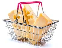 巴马干酪和切达干酪在小购物车 库存图片
