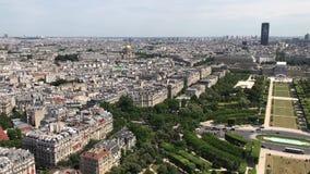 巴黎从艾菲尔铁塔,巴黎,法国的视图地平线 股票视频