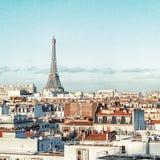 巴黎和埃菲尔铁塔,法国屋顶  免版税库存图片