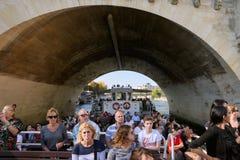 巴黎的图片,当走沿河塞纳河时 免版税库存图片