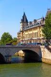 巴黎结构  免版税图库摄影