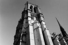 巴黎,法国,圣雅各伯塔,游览圣雅屈埃,哥特式塔,全国古迹,黑白摄影 免版税库存照片