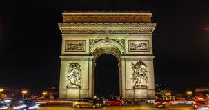 巴黎,法国-凯旋门夜交通Timelapse弧du triomphe Trionfo 股票视频