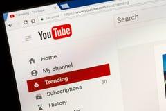 巴黎,法国- 2017年6月05日:YouTube网站主页 YouTube是一个录影分享的网站,创造由三前PayPal empl 免版税库存图片