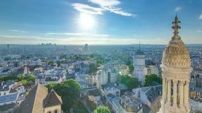 巴黎timelapse,法国全景  从蒙马特Sacre-Coeur耶稣圣心大教堂的顶视图  股票视频