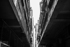 巷道在香港工业区  免版税库存图片