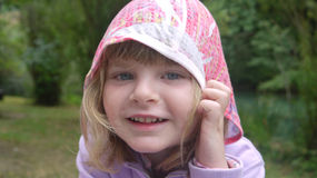 戴头巾的女孩 图库摄影