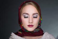 围巾的妇女 免版税图库摄影