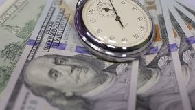 货币和时钟 股票录像