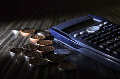货币和计算器 加冠捷克 库存照片