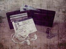 货币和钱包 免版税库存图片