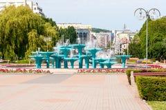市中心喷泉在格丁尼亚 免版税库存图片