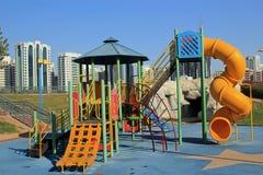 市内贫民区儿童的游乐场 库存照片