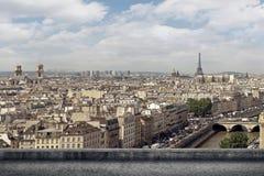 巴黎市地平线 库存照片