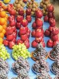 市场卖果子在样式arraneged 库存图片