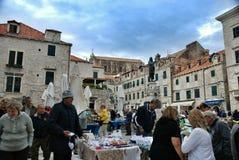 市场在杜布罗夫尼克,克罗地亚 免版税库存图片